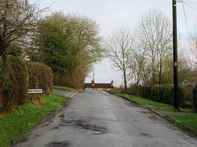 Hunt End | Landscaping | RG Driveways